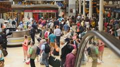 Big crowds travel through Paddington station 4K Stock Footage