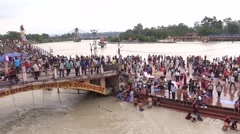 Bathing in the river Ganga in Haridwar Stock Footage