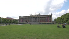 Altes Museum seen from Lustarten in Berlin Stock Footage