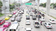 MUEANG, NONTHABURI- JULY20, 2015: Traffic jam on Rattanathibet Road, Nonthabu Stock Footage