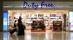 People inside duty free store in in the Suvarnabhumi Airport. Bangkok, Thailand Stock Footage