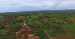 4k aerial panorama - Shwe San Daw Pagoda and temples Stock Footage