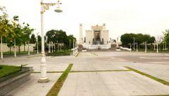 Buddha Yodfa Chulaloke King Memorial and park square, long glide shot Stock Footage