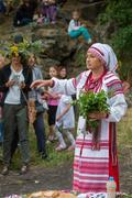 ZAPORIZHIA, UKRAINE-JUNE 21: Celebrating Kupala Night 21, 2014 in Zaporizhia, Kuvituskuvat