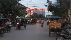 Evening traffic at Pub Street Stock Footage
