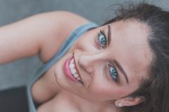 Portrait of a beautiful curvy girl posing in an urban context - stock photo