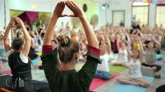 Yoga shakti workshop with yoga guru. Stock Footage