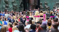 Final models catwalk in Zurab Tsereteli Art Gallery Stock Footage