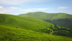 Green mountain valley Stock Footage