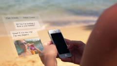 Animation Smarphone Chatting on the Beach Stock Footage