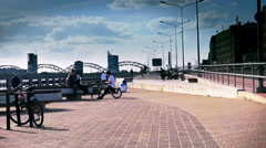 Skate park to the city traffic background Stock Footage