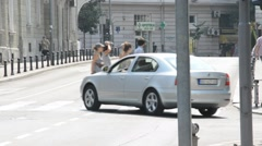 Summer day in the city Belgrade, pedestrians and traffic Stock Footage