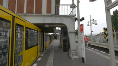 Train stopped in the Berlin Warschauer Strasse station Stock Footage