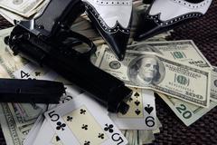 Game guns and dollars, clasic mafia gangster still Stock Photos