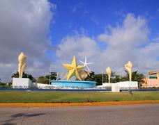 Ceviche square Cancun Landmark fountaine Mexico Kuvituskuvat