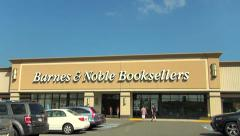 Barnes and Noble bookstore, drive up Stock Footage