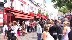 The tourist market area (in 4k) in the Montmartre area of Paris, France. Stock Footage
