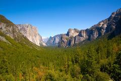 Stock Photo of Yosemite el Capitan and Half Dome in California