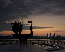 Kyiv monument dawn 002 - stock footage