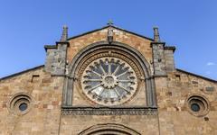Avila, SPAIN - 10 august 2015: Santa Teresa Square, Front of the Church of Sa Stock Photos