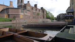 Punting Boats on River Cam, Cambridge, Cambridgeshire, England, UK, Europe Stock Footage