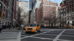 Town Car left to Right down Park Avenue NYC Stock Footage