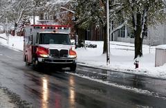 Ambulance on a Snowy Day Kuvituskuvat