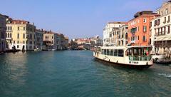 Venice Grand Canal public trafic, gondola Stock Footage