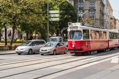 Rush Hour Traffic In Downtown Vienna Stock Photos