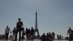 Slow Motion crowd Eiffel Tower Trocadéro View, Paris Stock Footage