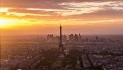 4K Time lapse - Eiffel Tower, city skyline and La Defence skyscrappers Stock Footage