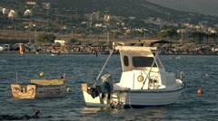 4k real time establishing shot of a beach in Greece near Sounio. Stock Footage
