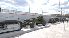 Tractor Stalinets-65 and howitzer-gun 152 mm. Pyshma, Ekaterinburg, Russia. Stock Footage