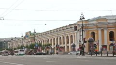 Great Gostiny Dvor  on Nevsky Avenue in St. Petersburg. Stock Footage