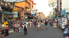 People walks in evening Kao San road Stock Footage