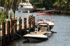 Boats on a pier in fort lauderdale Kuvituskuvat