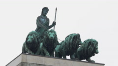 The lions statues of Siegestor in Munich Stock Footage