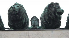 Lions statues on top of Siegestor, Munich Stock Footage