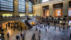 Panning view of Grand Central train station ticket hall in New York City, Stock Footage