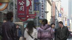 Crowds, Nanjing Lu shopping street, Shanghai Stock Footage