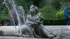 Child statue at the Friedensengel's fountain in Munich Stock Footage