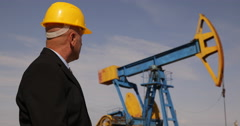 Manager Inspecting Extracting Company Activity Oil Pumps Petroleum Platforms Stock Footage