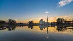 Timelapse Of Beautiful Sunrise overlooking the As-Salam Mosque Stock Footage