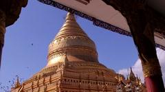 Huge pagoda in Bagan. Shwezigon pagoda. Stock Footage