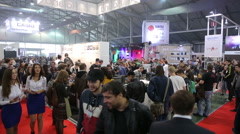 Many people in the expo center. Stock Footage