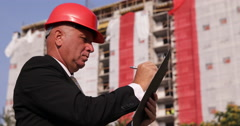 Manager Man Builder Worker Writing Clipboard Inspecting Works Construction Site Stock Footage