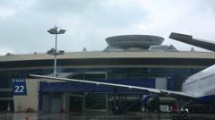 Perron Vnukovo Airport (VKO) in rainy weather Stock Footage