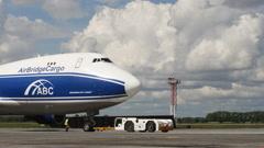 Parking cargo plane Time Lapse - stock footage