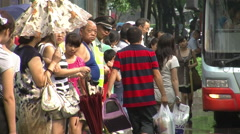 Chinese bus queue, city of Chengdu, China Stock Footage