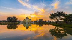 Timelapse Of Fiery Sunrise overlooking the As-Salam Mosque, Selangor Stock Footage